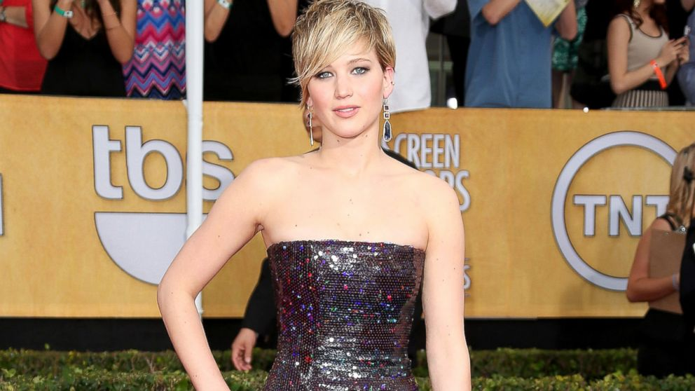 PHOTO: Jennifer Lawrence arrives at the 20th Annual Screen Actors Guild Awards at the Shrine Auditorium, Jan. 18, 2014, in Los Angeles.