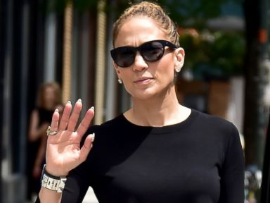 Photos: Jennifer Lopez Shows Off Her Toned Abs