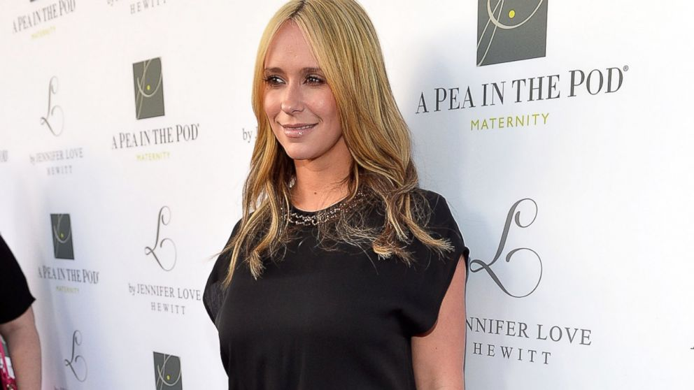"PHOTO: Jennifer Love Hewitt celebrates the launch of her new maternity line, ""L By Jennifer Love Hewitt"" at A Pea In The Pod, April 1, 2014, in Beverly Hills, Calif."