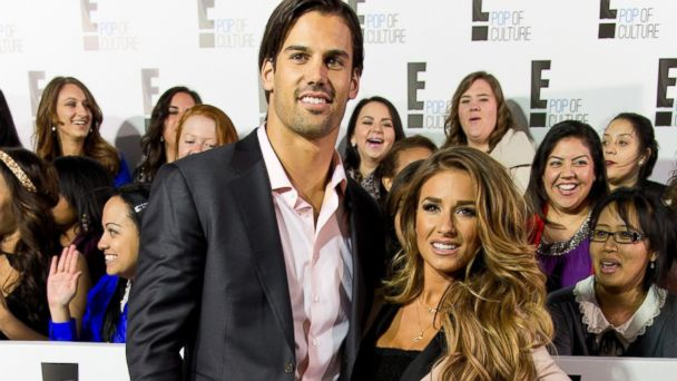 GTY jesse james eric decker 167256400 jt 140201 16x9 608 Eric Deckers Wife Jessie James: How the Broncos Wives Got Them to the Super Bowl