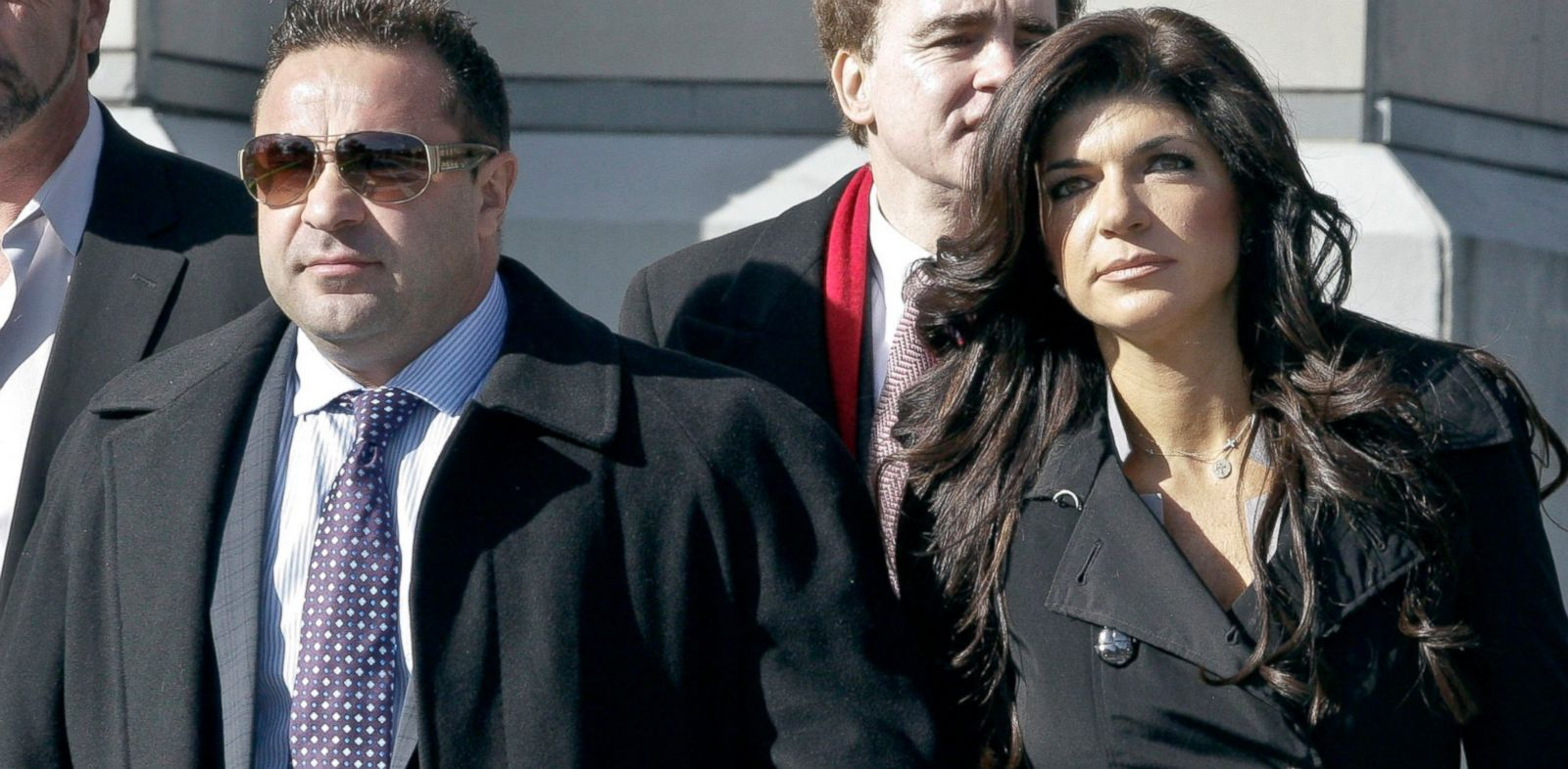 PHOTO: Teresa Giudice and her husband Giuseppe Joe Giudice leave Newark federal court, Nov. 20, 2013, in Newark, New Jersey.