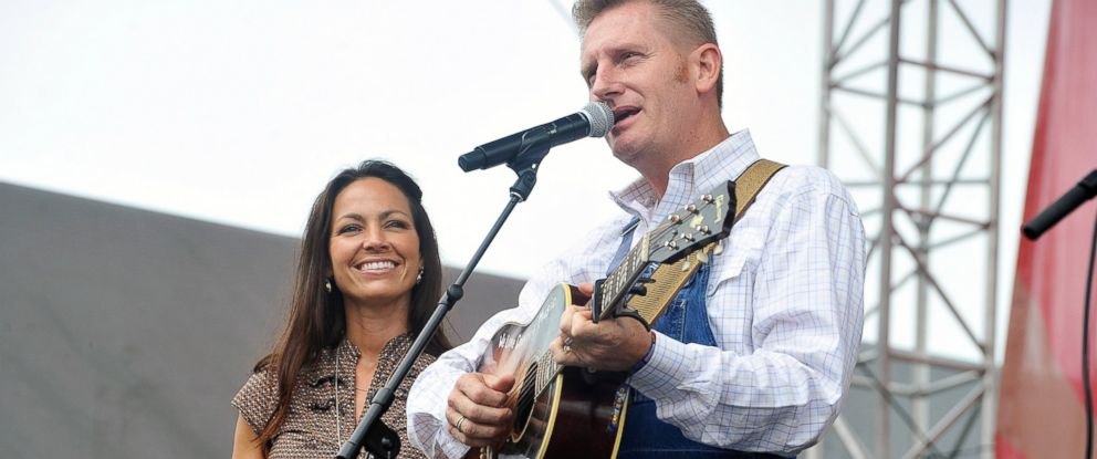 PHOTO: Rory Feek and Joey Feek of the band Joey & Rory perform during the 2013 CMA Music Festival on June 9, 2013 in Nashville, Tenn.