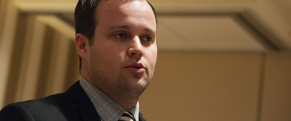 PHOTO: Josh Duggar speaks during the 42nd annual Conservative Political Action Conference at the Gaylord National Resort Hotel and Convention Center, Feb. 28, 2015 in National Harbor, Md.