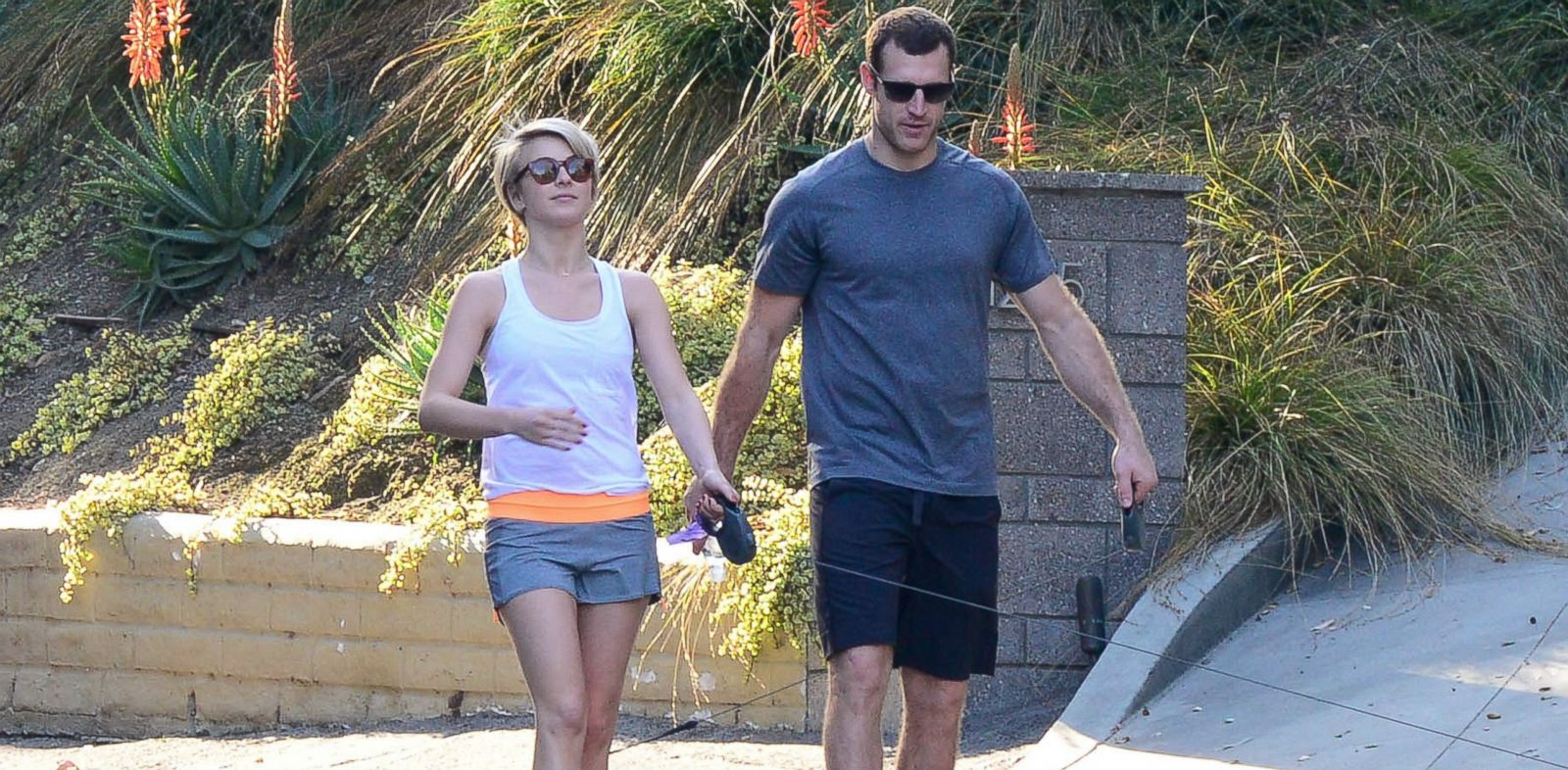 PHOTO: Julianne Hough and Brooks Laich are seen, Feb. 16, 2014, in Los Angeles.