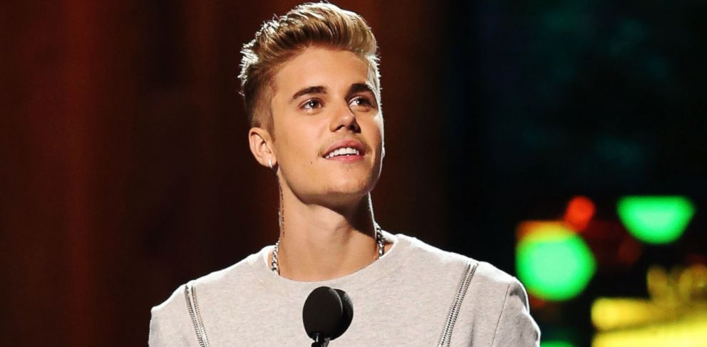 PHOTO: Singer Justin Bieber speaks onstage at the 2014 Young Hollywood Awards brought to you by Samsung Galaxy at The Wiltern, July 27, 2014, in Los Angeles.