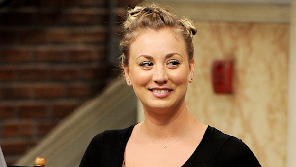 "PHOTO: Kaley Cuoco appears on the set of ""The Big Bang Theory"""