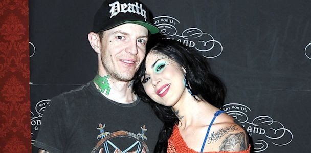 GTY kat von d deadmau5 nt 130627 33x16 608 Kat Von D and DJ Deadmau5 End Engagement