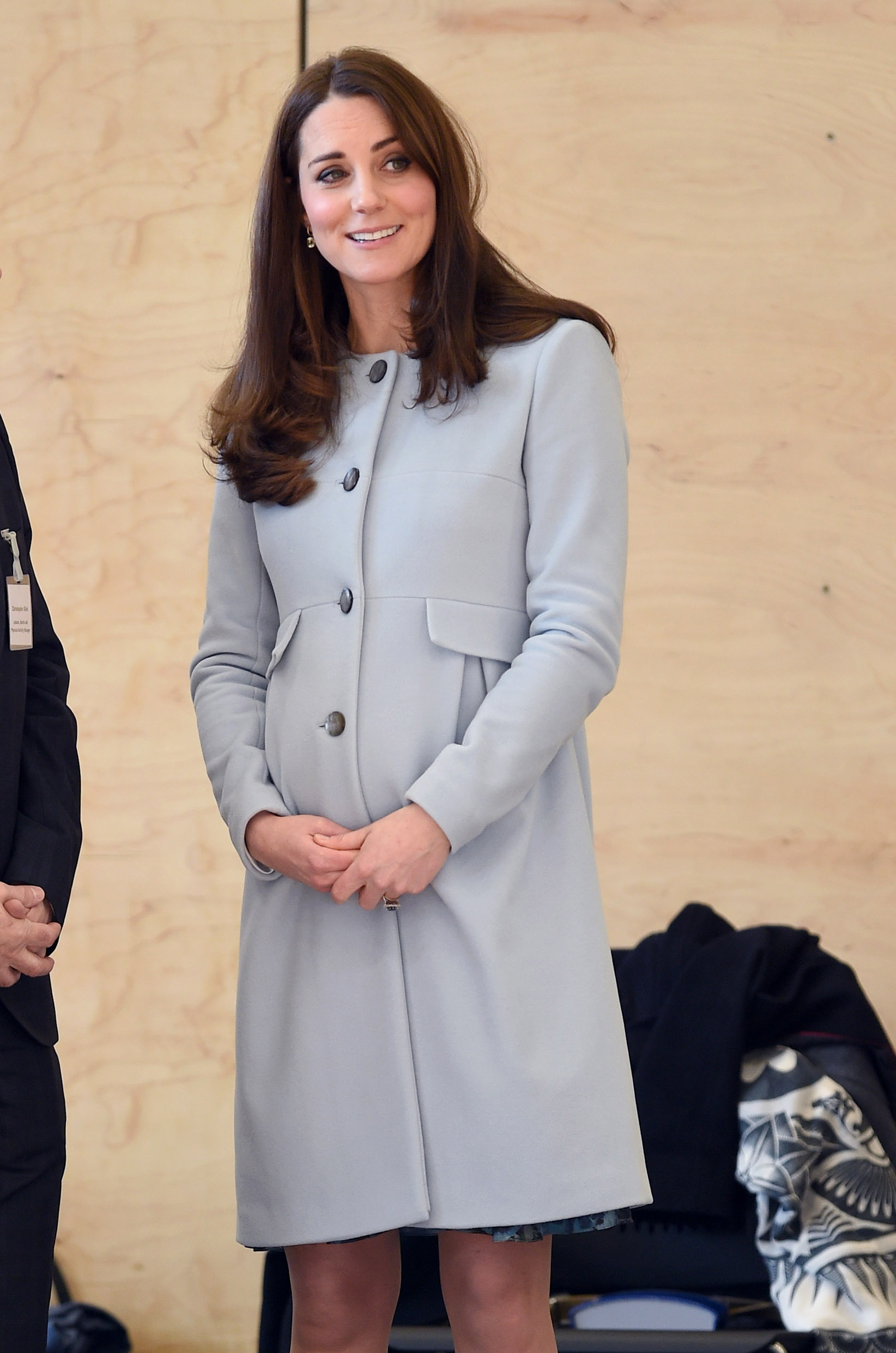 Pregnant Duchess Kate Bundles Up in Blue