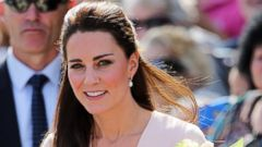 Kate Middleton Goes Pretty in Pink