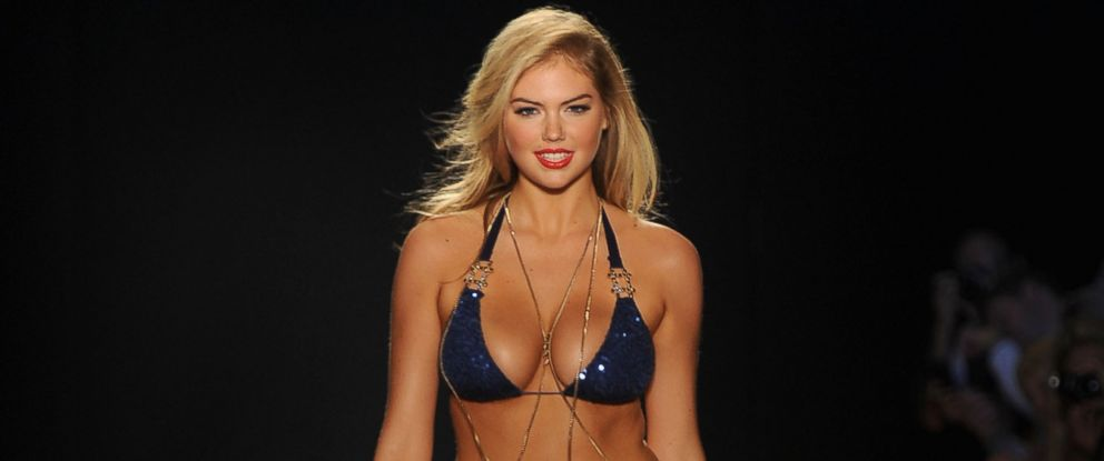 PHOTO: Kate Upton walks the runway on July 15, 2011 in Miami Beach, Fla.