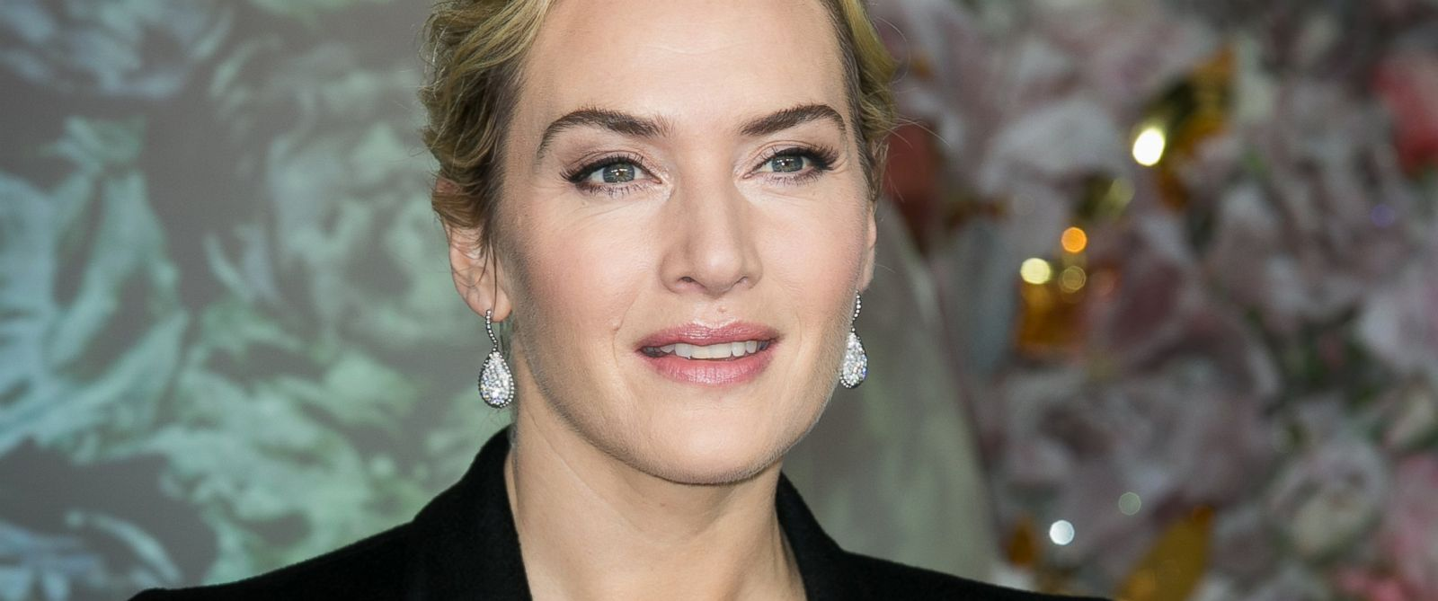 kate winslet says discussion about gender pay gap is a bit vulgar kate winslet says discussion about gender pay gap is a bit vulgar