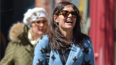 Katie Holmes Cracks Up in NYC