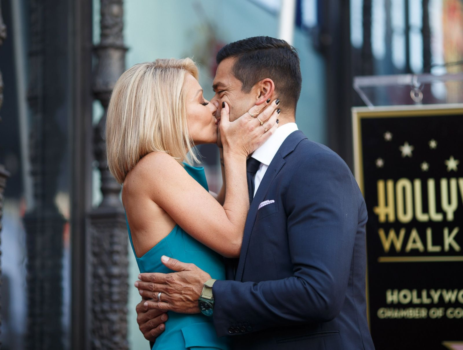 Kelly Ripa     s life in photos Photos   ABC News
