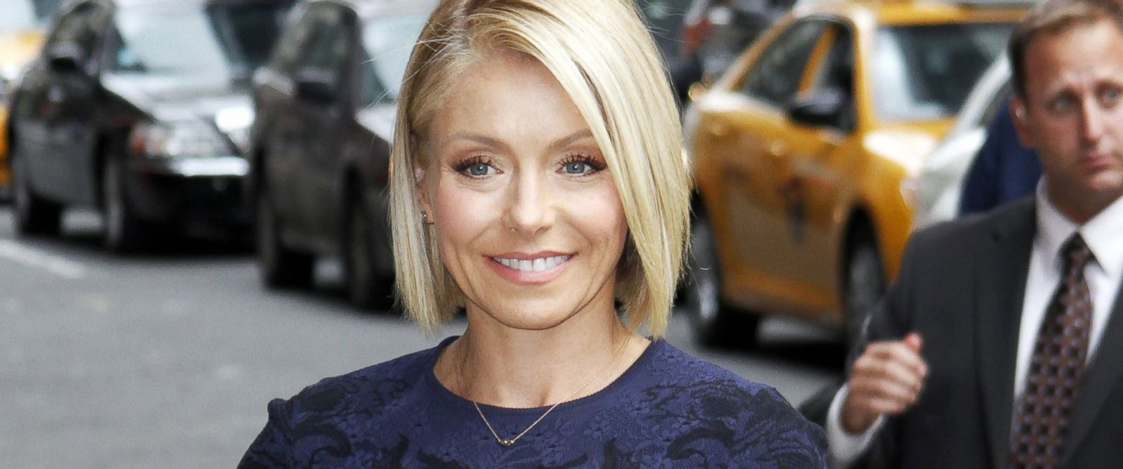 "PHOTO: Kelly Ripa arrives for the ""Late Show with David Letterman"" at Ed Sullivan Theater, Sept. 24, 2014, in New York City."