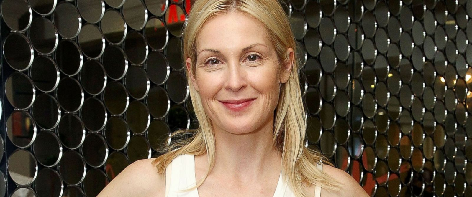 PHOTO: Kelly Rutherford attends the Blushington New York City Grand Opening Party at Le Parker Meridien Underground, July 28, 2015, in New York City.