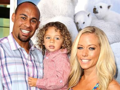 Kendra Wilkinson Gives Birth to Baby Girl