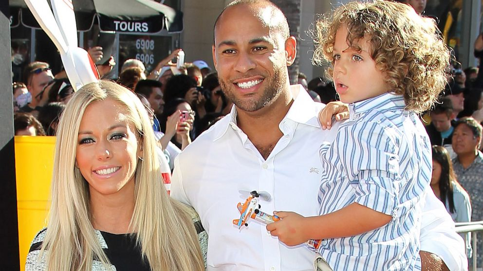 PHOTO: Kendra Wilkinson Talks Family