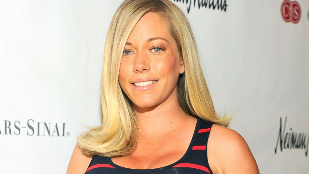 PHOTO: Kendra Wilkinson attends the Cedars Sinai Sports Spectacular Womens Luncheon at the Beverly Hills Hotel, April 8, 2014, in Beverly Hills, Calif.