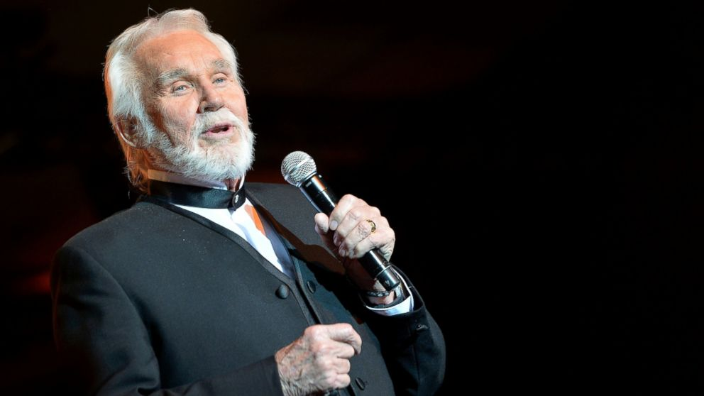 country music legend kenny rogers reveals skin cancer
