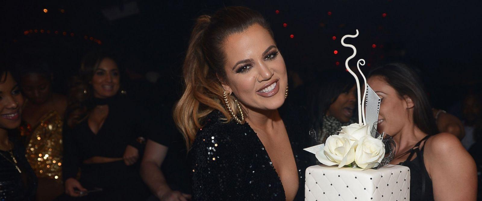 PHOTO: Khloe Kardashian hosts at 1 OAK Nightclub at the Mirage Las Vegas Dec. 30, 2014, in Las Vegas.