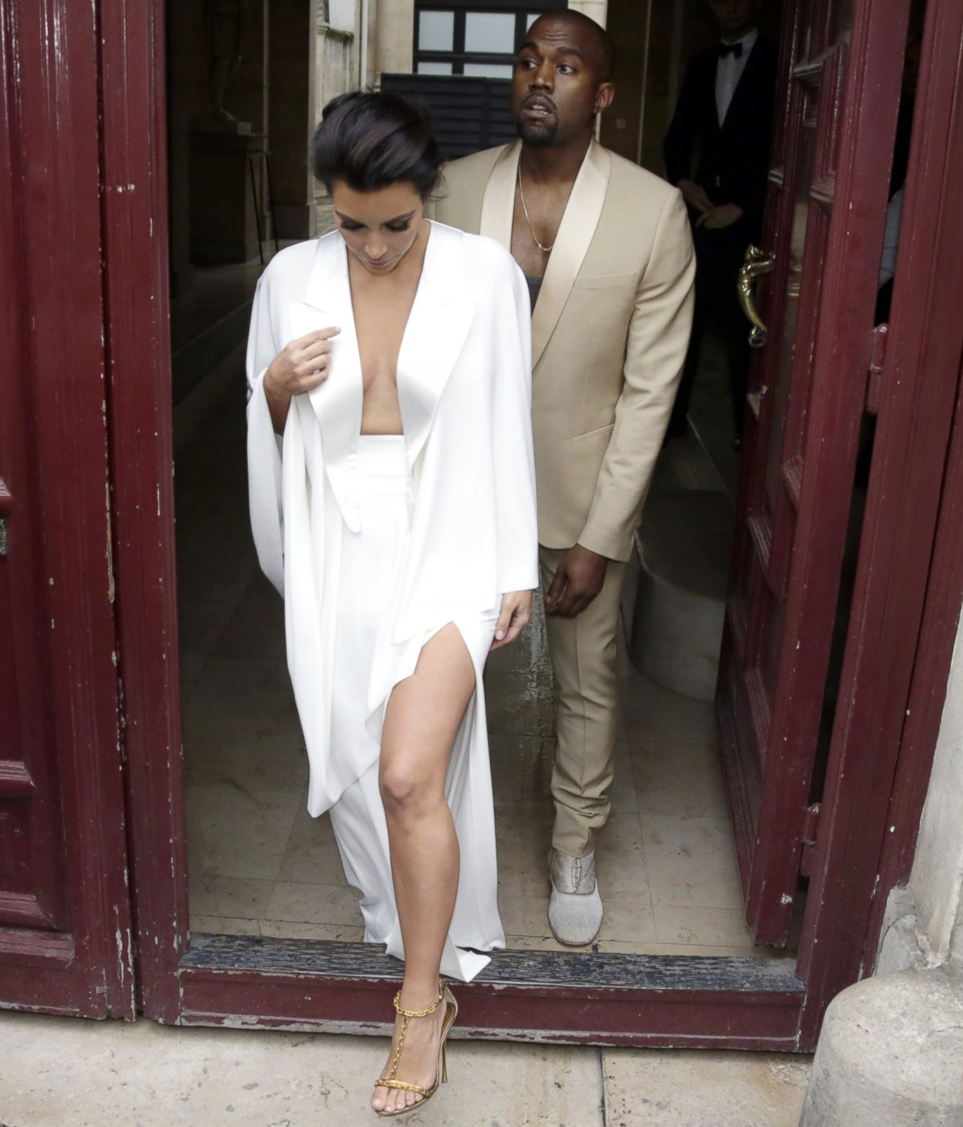 Kim Kardashian And Kanye Wests Wedding All The Best Photos From Paris Florence