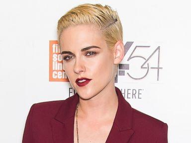 Kristen Stewart Debuts a Cropped Blonde Hairdo