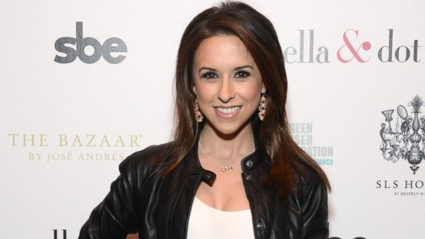 GTY lacey chabert ml 140103 16x9 608 Mean Girls Star Lacey Chabert Is Married