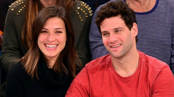 GTY lia smith justin bartha ml 140106 16x9 608 Hangover Star Justin Bartha Gets Married