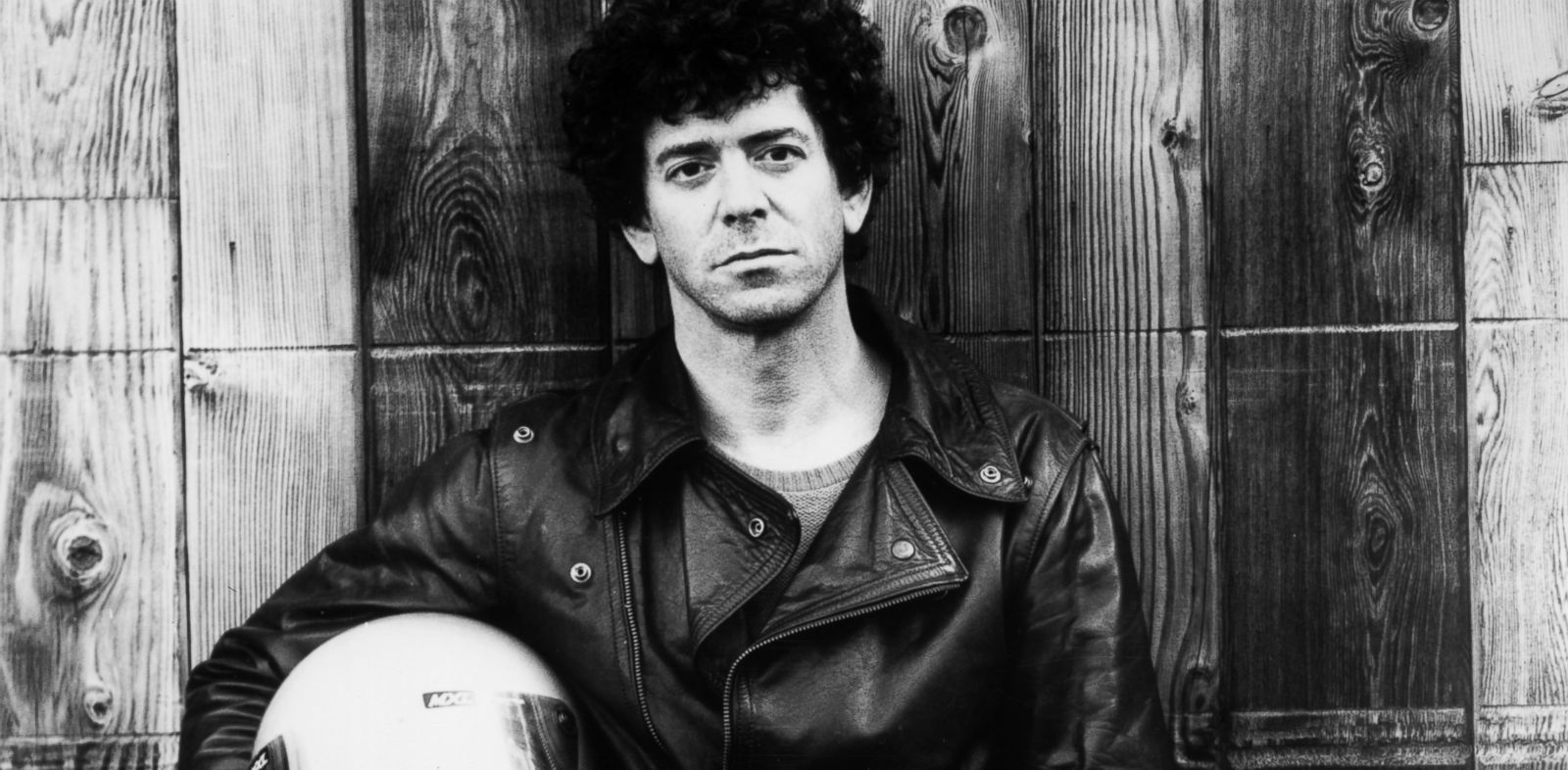 PHOTO: American rock singer, songwriter and photographer Lou Reed, circa 1985.