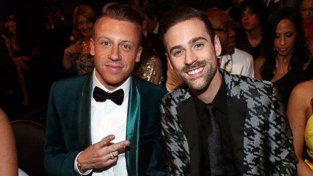 GTY mackelmore ryan lewis 02 jef 140126 16x9 608 Gay and Straight Couples Married Live During 2014 Grammy Awards