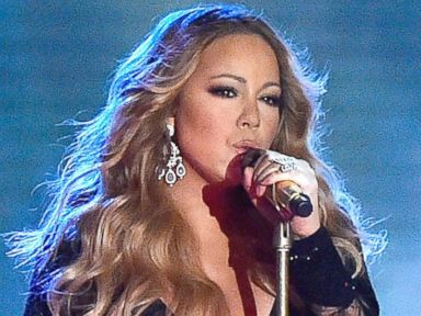 Photos: Mariah Carey Dazzles at World Music Awards