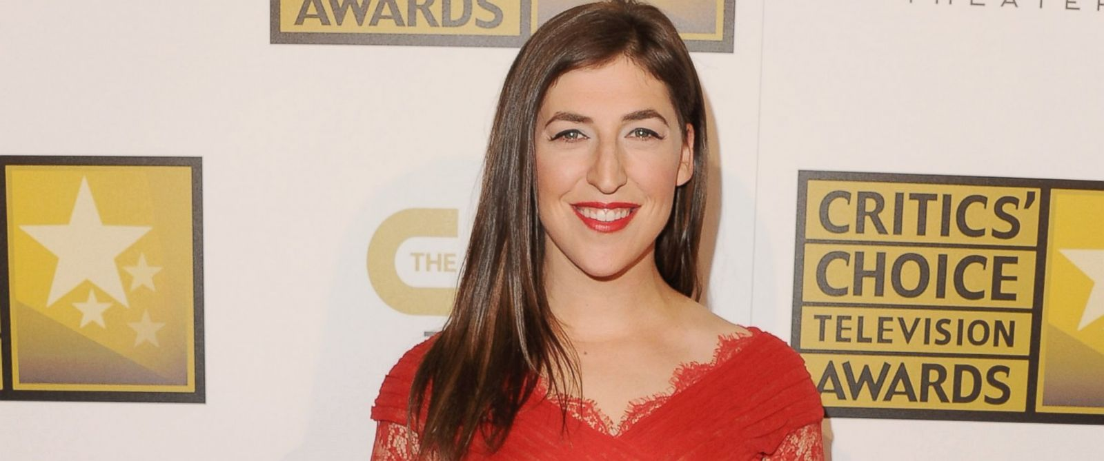 PHOTO: Mayim Bialik is pictured on June 19, 2014 in Beverly Hills, Calif.