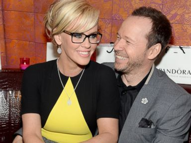 Newly Engaged Jenny McCarthy and Donnie Wahlberg Might Elope