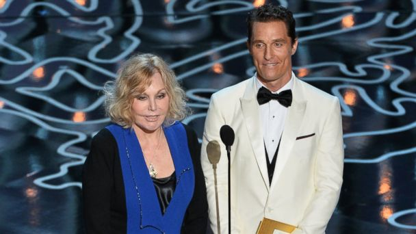 GTY mcconaughey novak kab 140303 16x9 608 Who Was Matthew McConaugheys Mystery Co Presenter at Oscars?