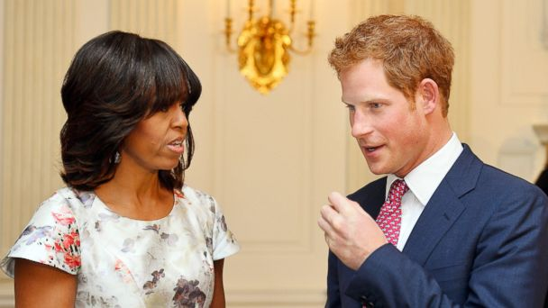 GTY michelle obama prince harry sr 140116 16x9 608 Michelle Obama Gave Prince Harry a Jacket, Australia Gave Him a Flask
