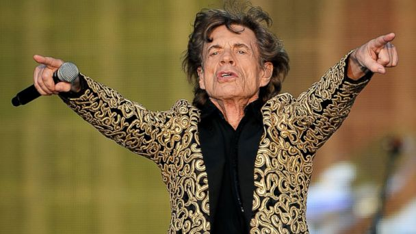 GTY mick jagger ml 140130 16x9 608 Super Bowl Sheds Gray Hair for Youthful Halftime Performers