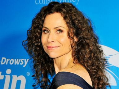 Minnie Driver Shuts Up Body Bullies With Nude Pic