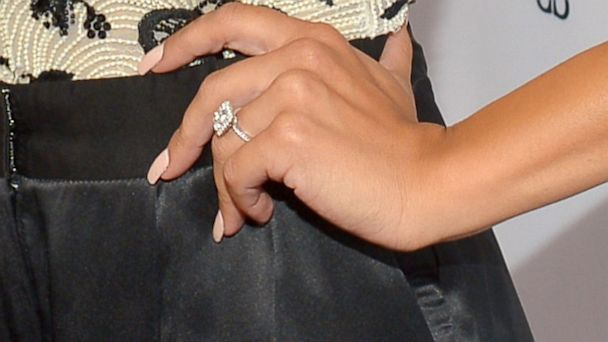 GTY naya rivera ring1 jtm 131004 16x9 608 Glees Naya Rivera Engaged to Rapper Big Sean   See the Ring