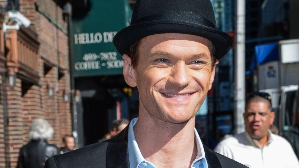 "PHOTO: Neil Patrick Harris leaves a ""Late Show With David Letterman"" taping at the Ed Sullivan Theater in New York, April 24, 2014."