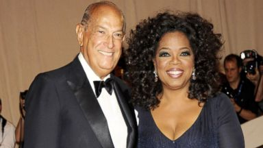 PHOTO: Oscar de la Renta and Oprah Winfrey attend the Costume Institute Gala Benefit to celebrate the opening of the American Woman: Fashioning a National Identity exhibition at The Metropolitan Museum of Art, May 8, 2010, in New York City.