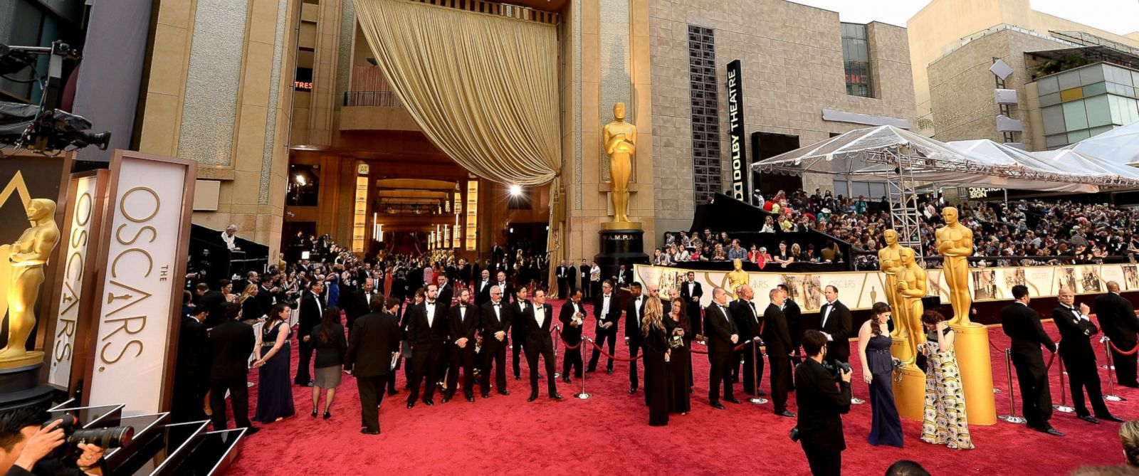 PHOTO: A general view of the red carpet at the Oscars held at Hollywood & Highland Center, March 2, 2014, in Hollywood, Calif.