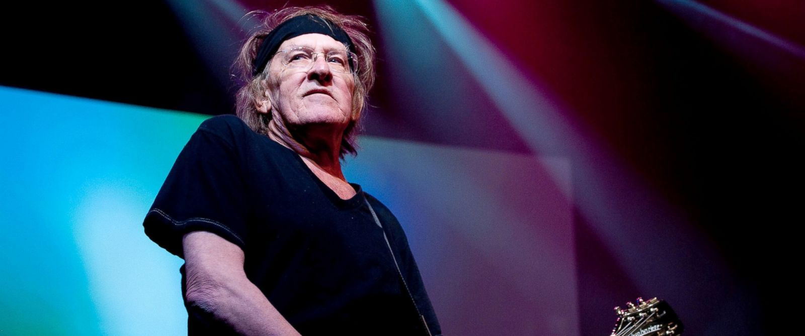 PHOTO: Paul Kantner, co-founder of Jefferson Starship, performs with The Heroes of Woodstock at Route 66 Casinos Legends Theater, Dec. 31, 2009, in Albuquerque, New Mexico.