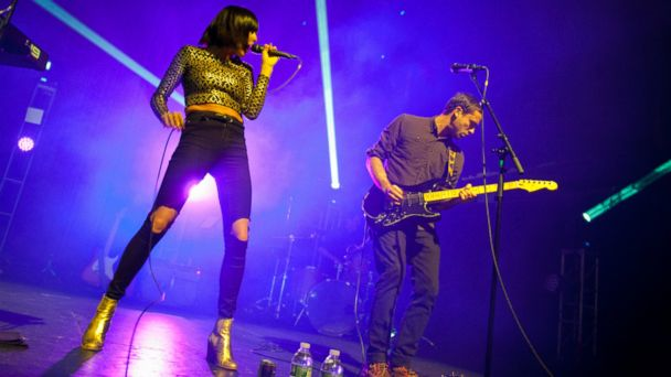 PHOTO: Sarah Barthel and Josh Carter of Phantogram perform on stage at Terminal 5, Dec. 4, 2013 in New York City.