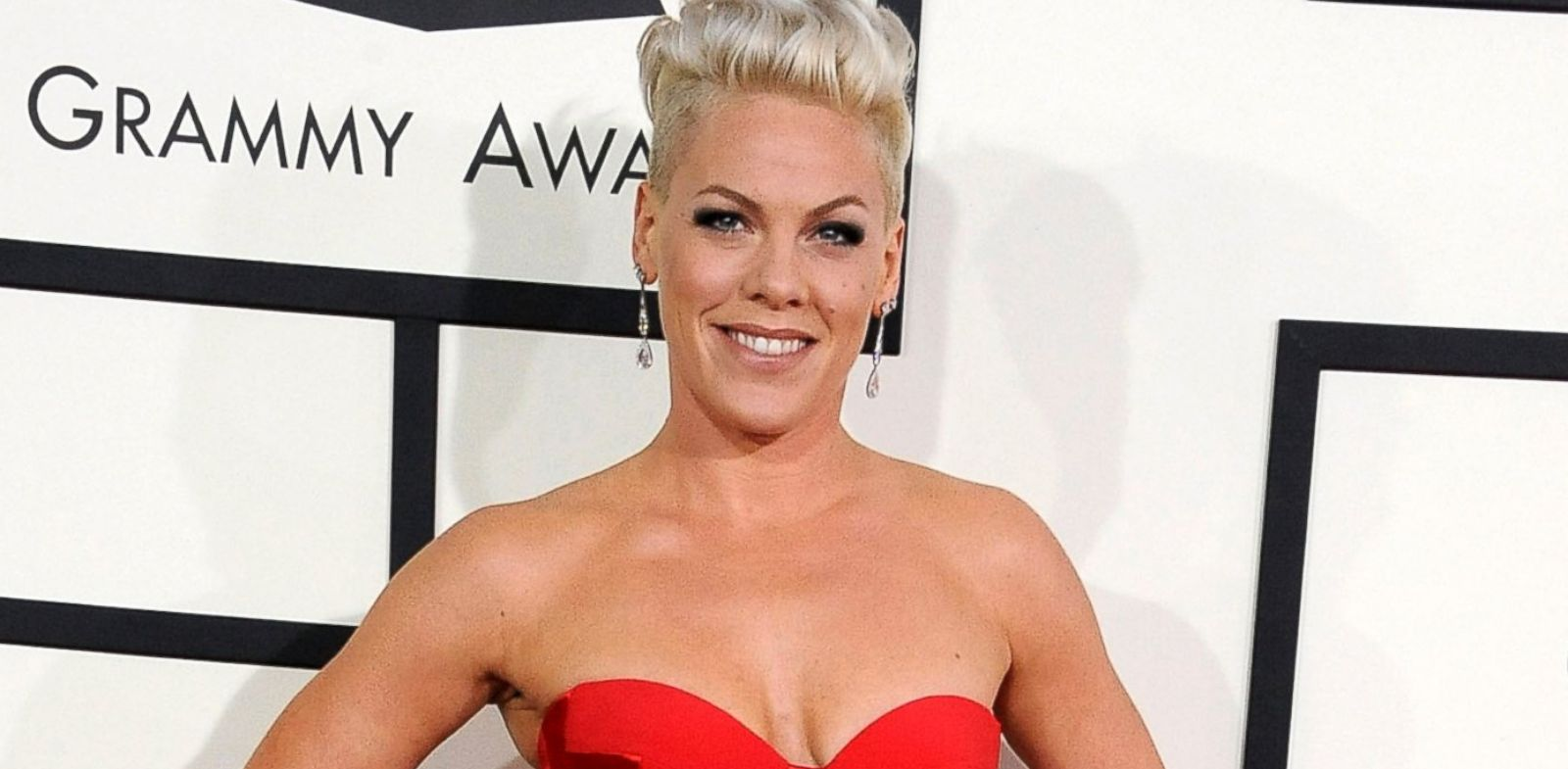 PHOTO: Pink arrival at the 56th GRAMMY Awards, Jan. 26, 2014, in Los Angeles.