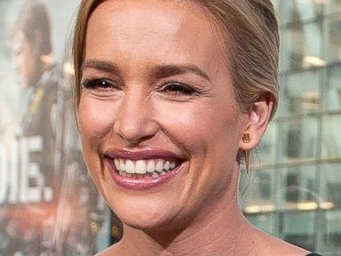 'Covert Affairs' Star Piper Perabo Marries Stephen Kay
