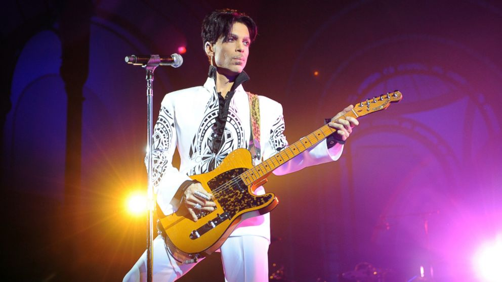 Prince's 6 siblings are heirs to his estate, judge rules