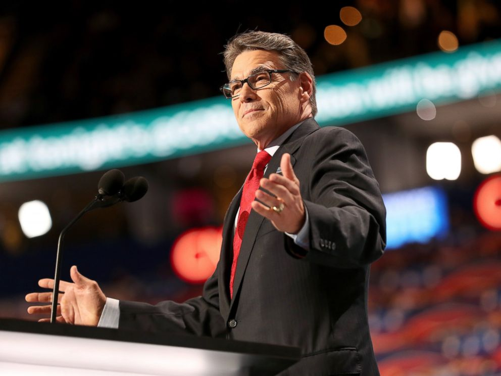 PHOTO: Rick Perry delivers a speech on the first day of the Republican National Convention, July 18, 2016, in Cleveland, Ohio.