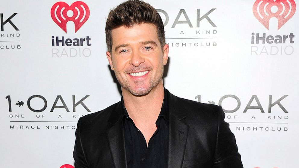PHOTO: Robin Thicke