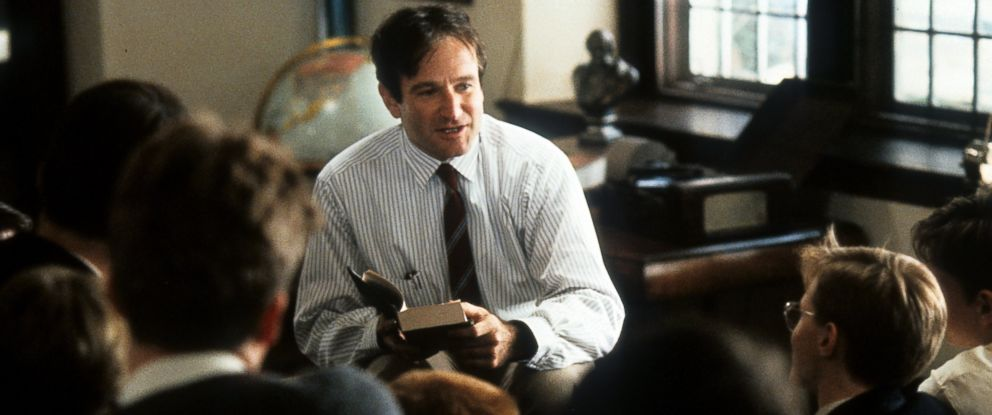 """PHOTO: Robin Williams teaching a class in a scene from the film """"Dead Poets Society,"""" 1989."""