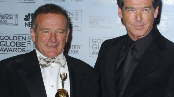 GTY robin williams pierce brosnan jtm 140814 16x9 608 Pierce Brosnan Remembers Sheer Magic With Robin Williams, Mrs. Doubtfire Co star